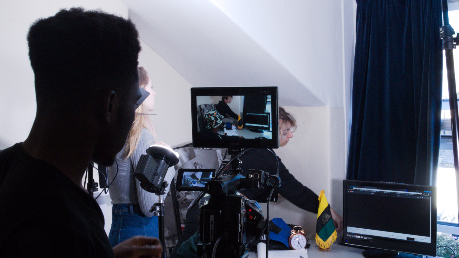Behind the scenes photo from Movement Films narrative music video Jepeto Knockz: Life Now