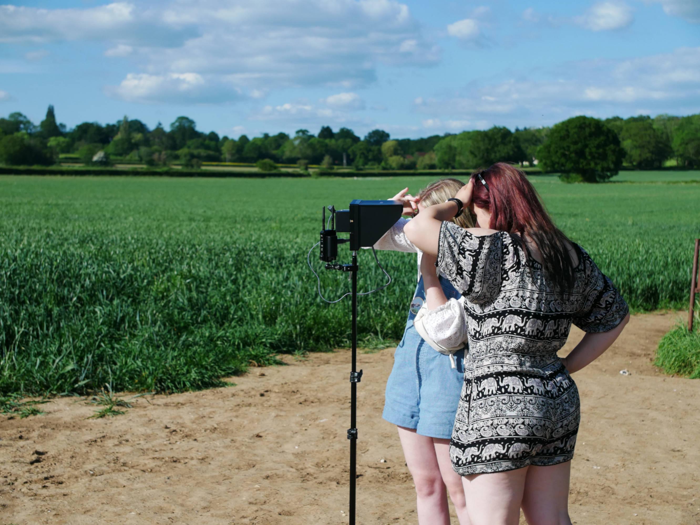 Behind the scenes photo of British female directors Chloe Kennedy and Stephanie Ridge